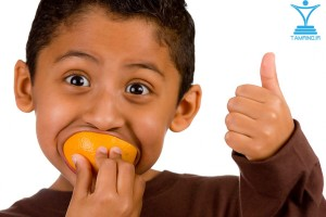 خوشحال خنده کودک بچه لایک tamrino.ir